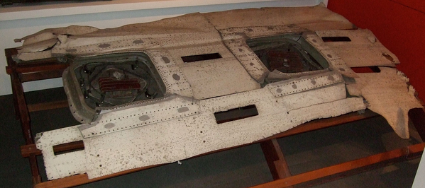 BESBlog_Fatigue_ DeHavilland DH-106 Wreckage Window