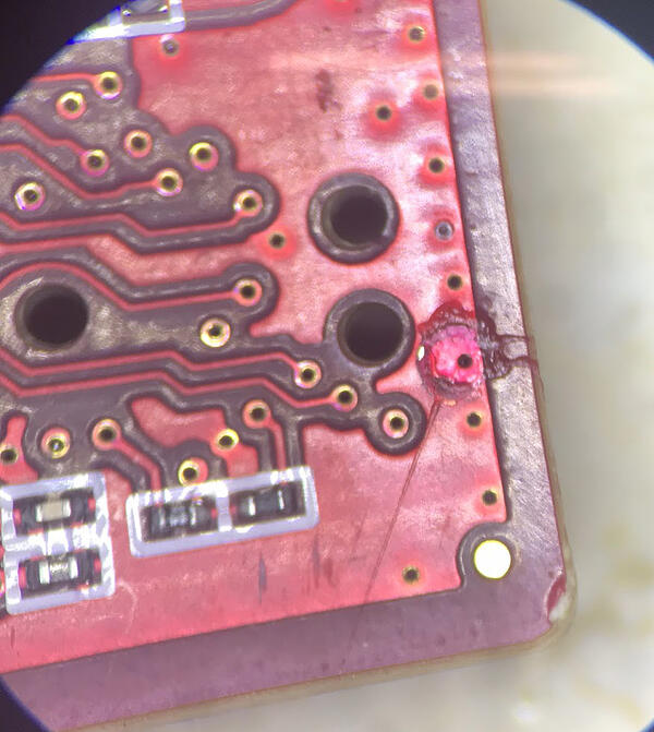 Process indicators and damage to a board